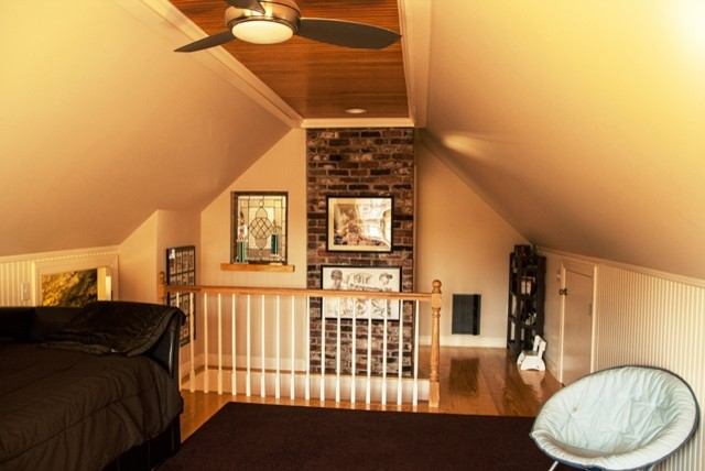 Delicieux Example Of An Arts And Crafts Bedroom Design In Boston