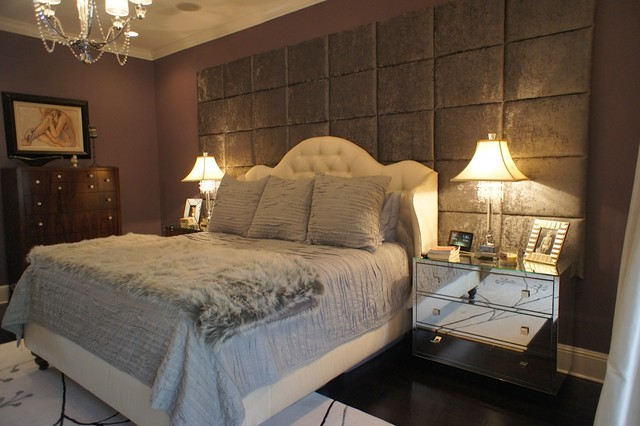 Bed Wall Panels : Wall of upholstered panels traditional bedroom