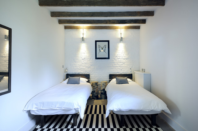 How To Decorate A Small Bedroom Houzz