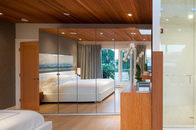 CORNWALL PENTHOUSE modern-bedroom