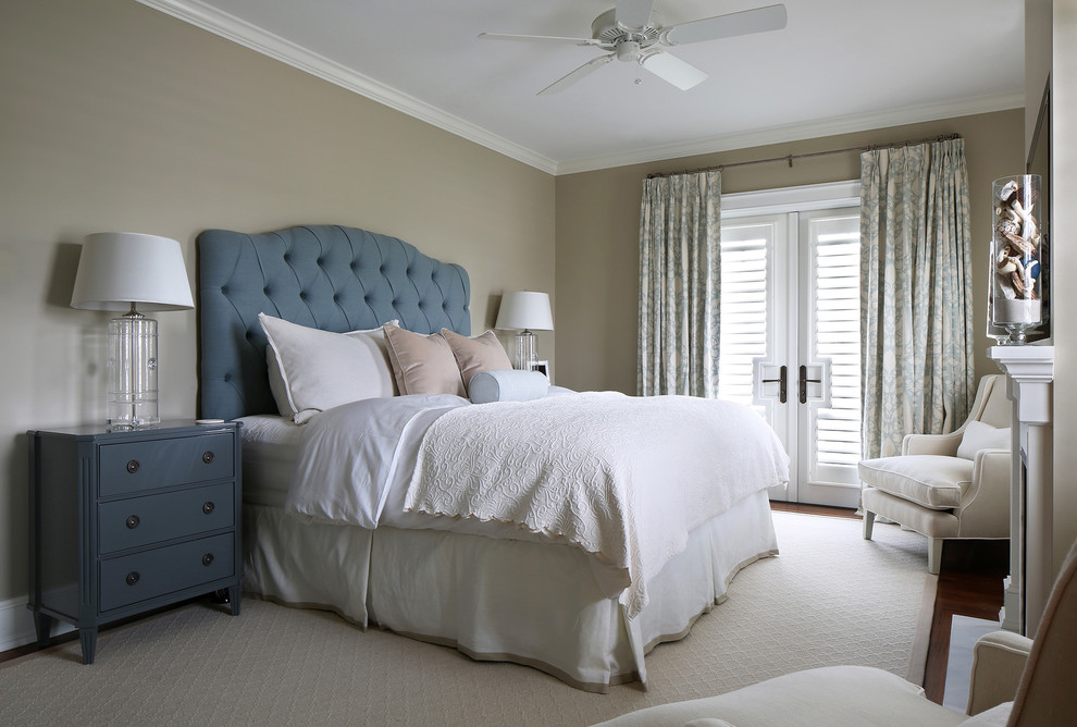Inspiration for a tropical bedroom remodel in Tampa