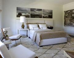 Westchester Designer Showhouse contemporary-bedroom