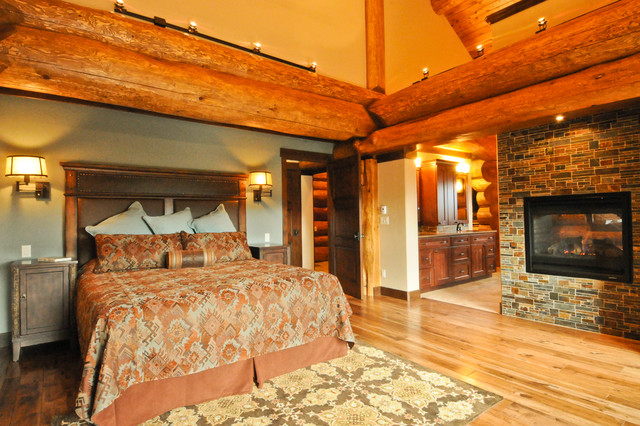 Western red cedar ranch style log home rustic bedroom for 4 bedroom log homes