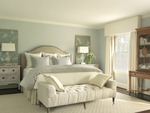 Westmont traditional-bedroom