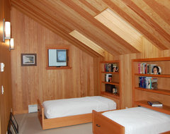 Whidbey Island Home & Guest House traditional-bedroom