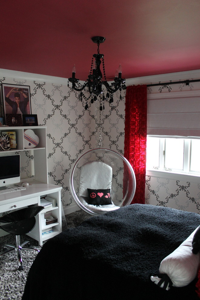 Inspiration for a mid-sized eclectic guest carpeted bedroom remodel in New York with red walls