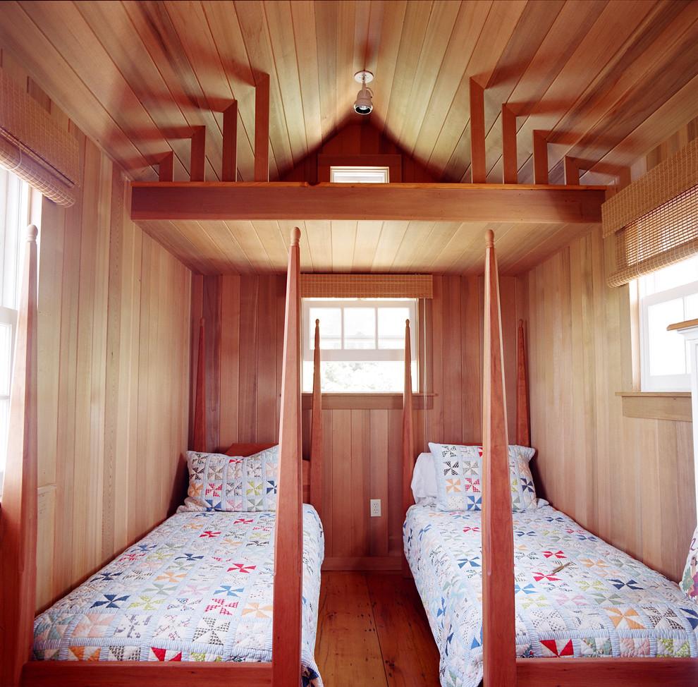 Bedroom - traditional medium tone wood floor bedroom idea in Boston