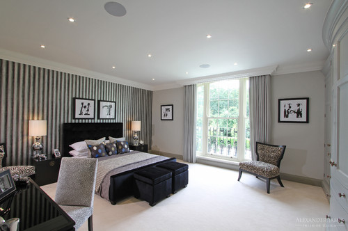 Black and white striped wallpaper used by bec and george for Black feature wall bedroom