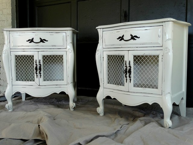 White Painted Nightstands Farmhouse Bedroom
