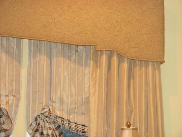 Window Treatments - Traditional - Bedroom - new york - by Decorative ...