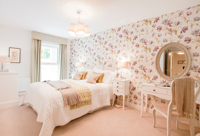 Inspiration for a mid sized timeless carpeted and pink floor bedroom  remodel in Hampshire with. Floral Bedroom   Houzz