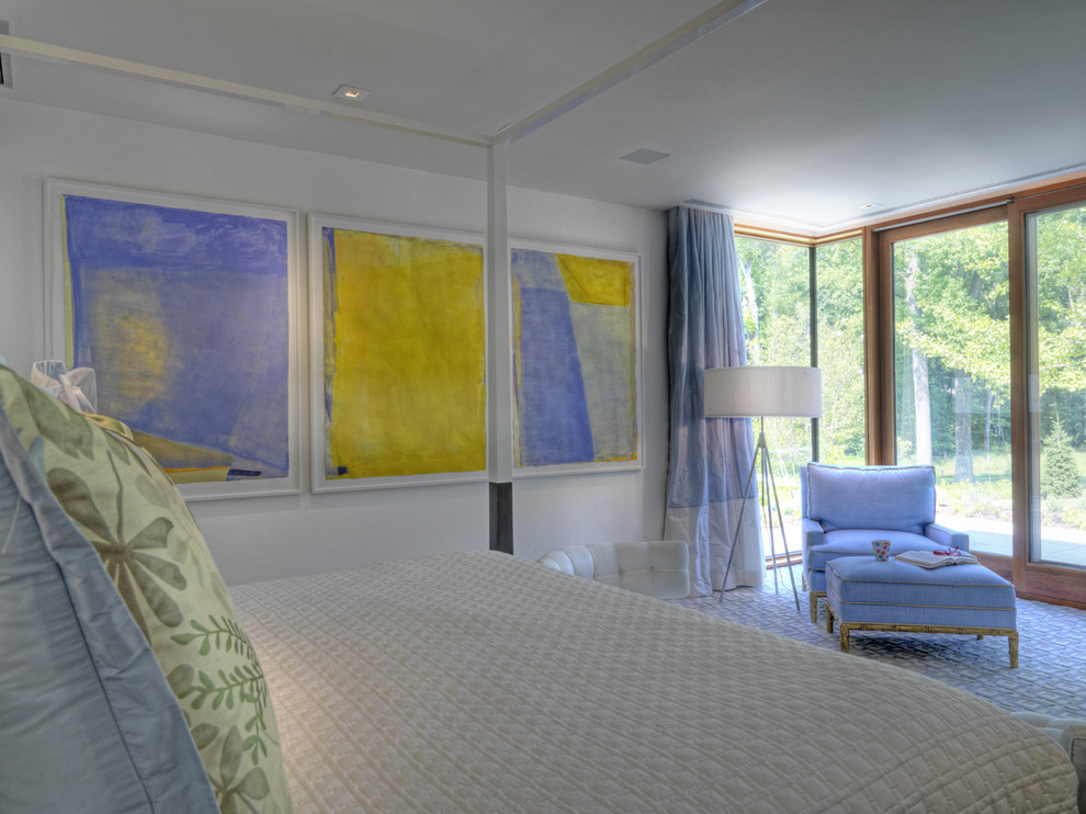Inspiration for a contemporary carpeted bedroom remodel in Baltimore with white walls