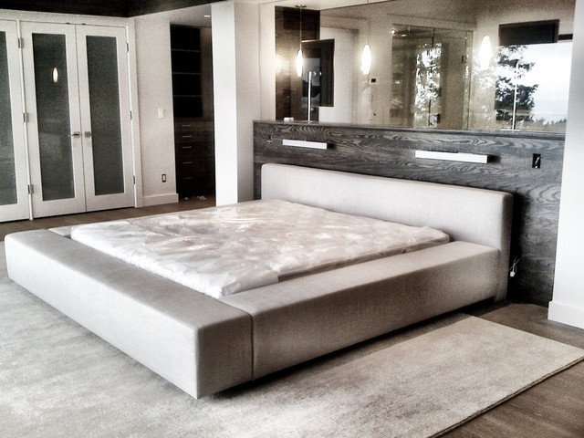 Woodvalley Residence contemporary-bedroom