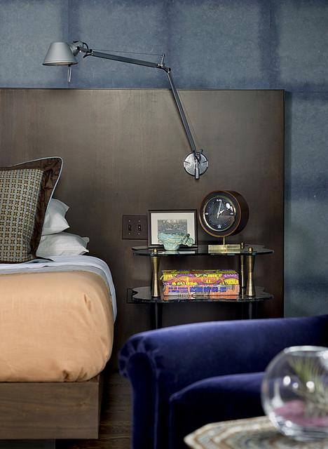 Wrigleyville Residence midcentury-bedroom