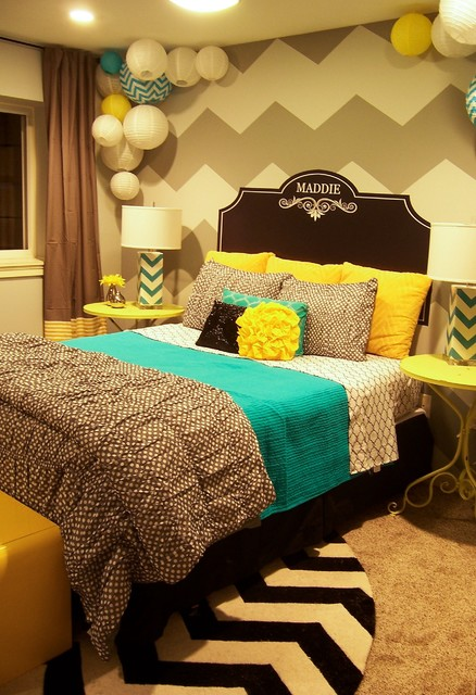 Zeeland Grey, Yellow & Turquoise Girl's Room contemporary-bedroom