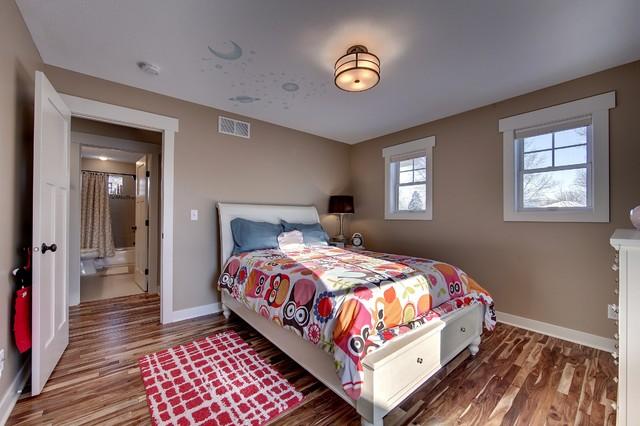 Zenith ave s mpls traditional bedroom minneapolis for Zenith garden rooms