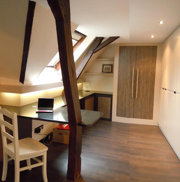 am nagement de combles contemporain bureau domicile. Black Bedroom Furniture Sets. Home Design Ideas