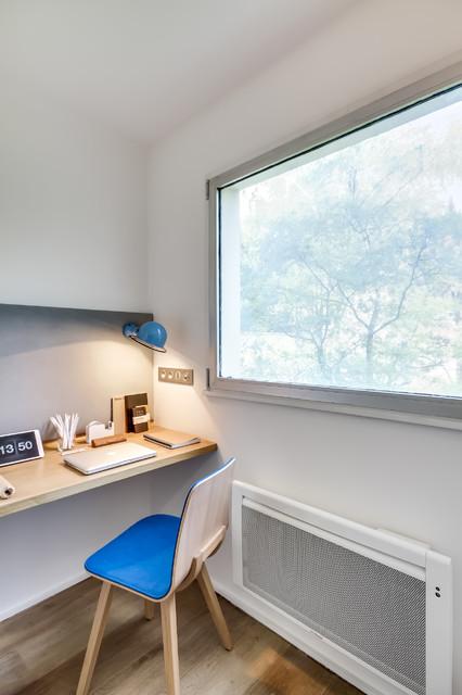 Appartement parisien 1 1 1 scandinavian home office for Appartement parisien decoration