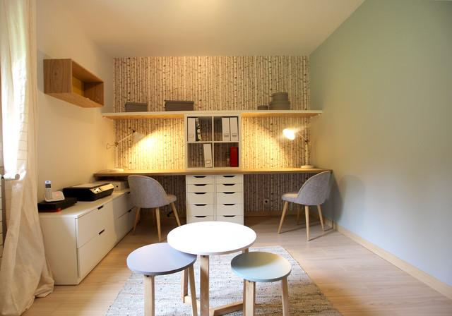 bureau pour petite chambre un bureau scandinave petite. Black Bedroom Furniture Sets. Home Design Ideas