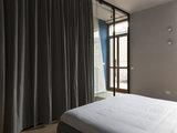 Una Scala Leggera in Cemento e Ferro Unisce due Appartamenti (10 photos) - image  on http://www.designedoo.it