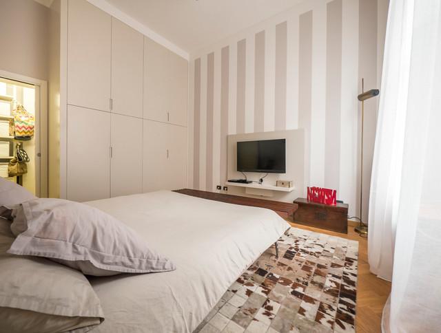 Parete Letto A Righe : Camera da letto dipinta a righe design casa creativa e