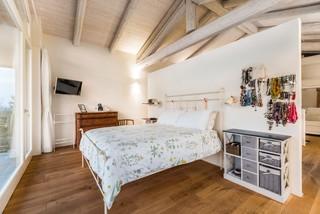 Camera da letto stile loft country - Design, Foto e Idee per ...