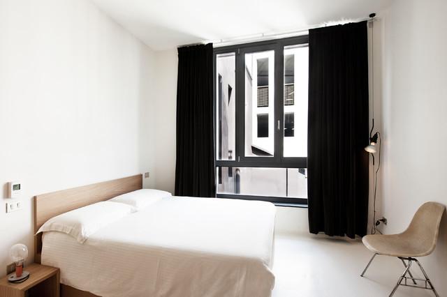 Concoct contemporaneo camera da letto milano di humusstudio - Camera da letto milano ...