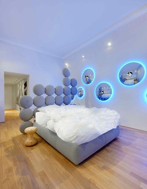 Swan room for townhouse duomo by sevenstars contemporaneo camera da letto milano di - Camera da letto milano ...