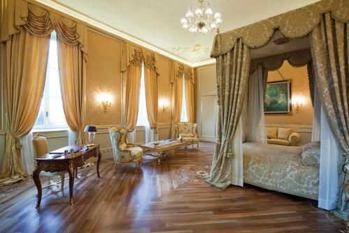 Mantovane Per Camere Da Letto.Fotogallery 30 Tende Bellissime Per Camere Da Letto Classiche
