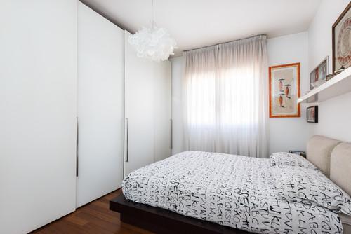 Come arredare una casa piccola per vivere comodamente in - Soluzioni camere da letto piccole ...
