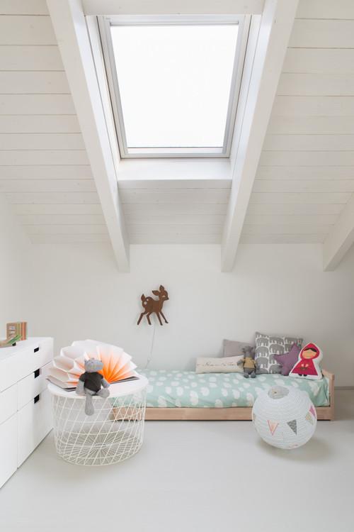 Kinderzimmer mit Dachschräge: So richten Sie den Raum clever ein
