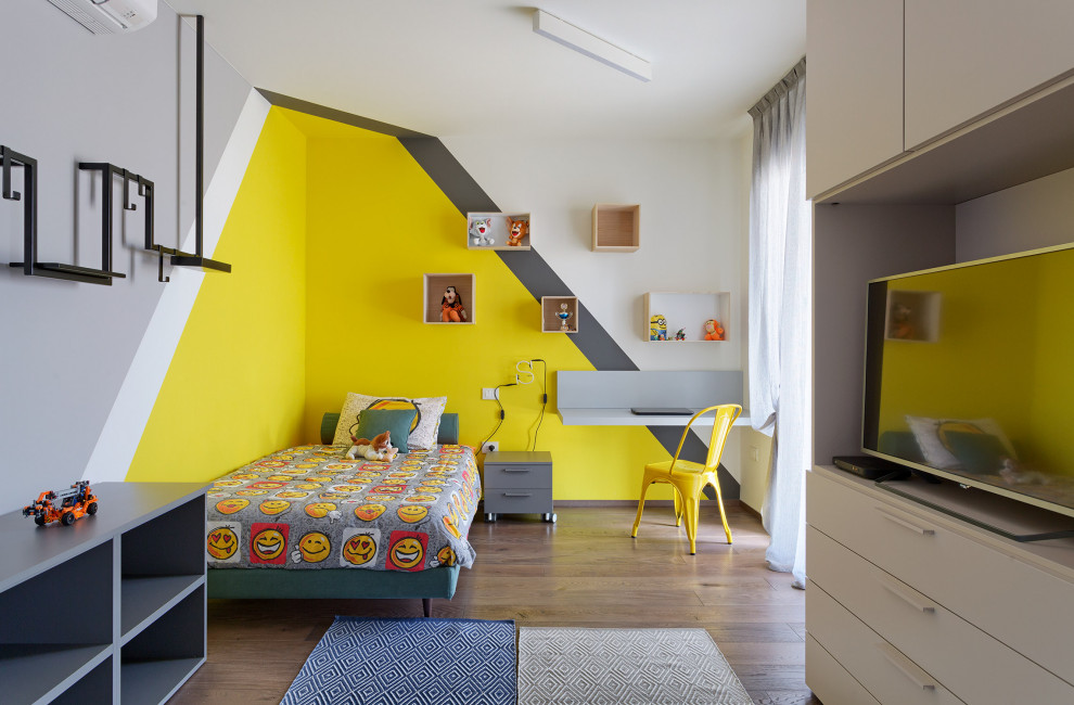 Example of a minimalist kids' room design in Bologna