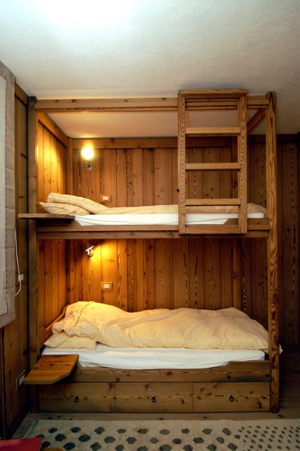 Interni letto a castello - Camera con letto a castello ...