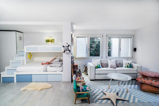 Ristrutturazione di villa su tre piani a forte dei marmi for Piani di camera di tre stagioni