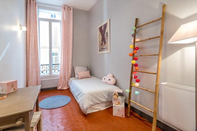 appartement haussmannien marseillais clectique chambre d 39 enfant marseille par caroline. Black Bedroom Furniture Sets. Home Design Ideas