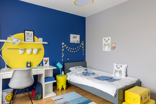 chambre de gar on bleue et jaune contemporain chambre d 39 enfant bordeaux par delphine. Black Bedroom Furniture Sets. Home Design Ideas