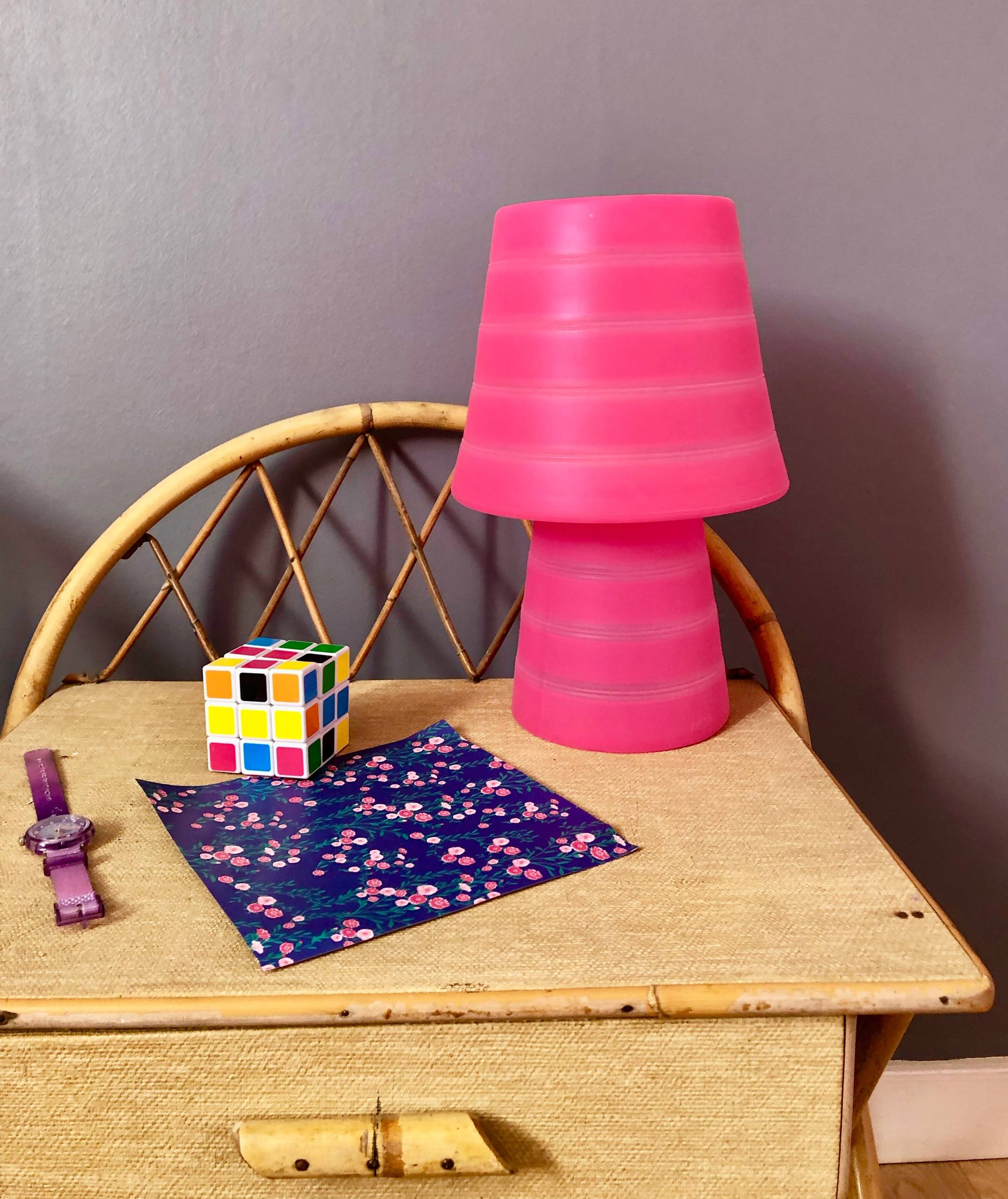 Chambre rétro et romantique pour une petite fille de 8 ans