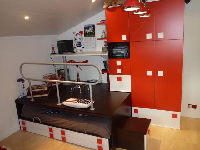 Cr ation d 39 espace estrade et bureau moderne chambre d 39 enfant other metro par happy hours Lit estrade chambre studio