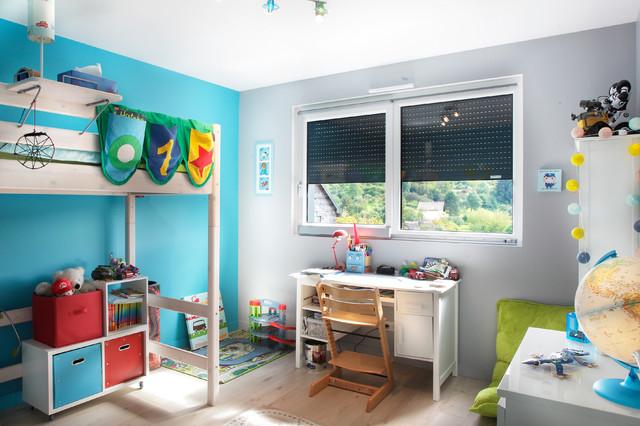 Maison bois contemporaine classique chambre d 39 enfant for Maison classique contemporaine