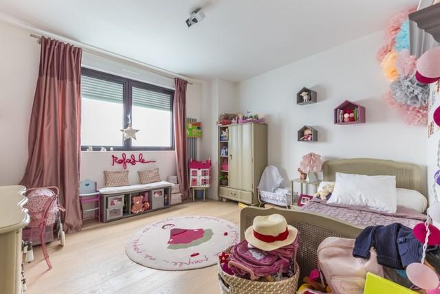 Maison ossature bois romantique chambre d 39 enfant for Chambre enfant romantique
