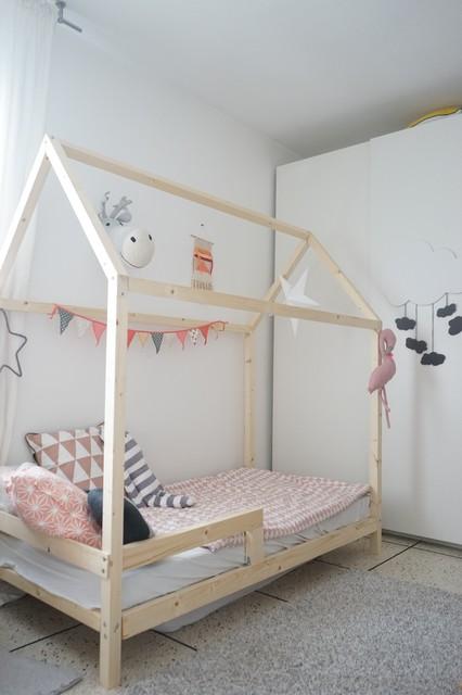 cette image montre une chambre denfant nordique - Lit Cabane Enfant