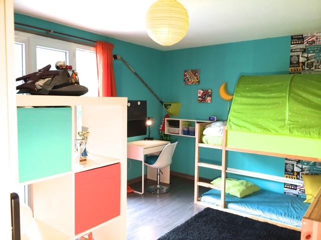 Une chambre super h ros pour petit gar on contemporain chambre d 39 enfant paris par - Deco chambre super heros ...