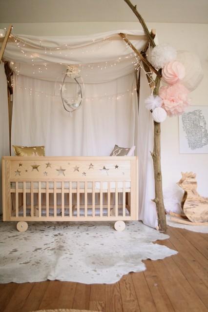 La chambre etoiles romantique chambre de b b for Chambre enfant romantique