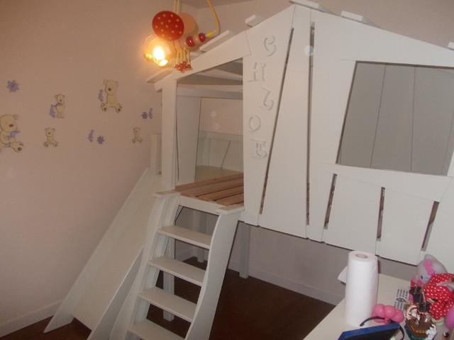 lit nuage avec toboggan. Black Bedroom Furniture Sets. Home Design Ideas