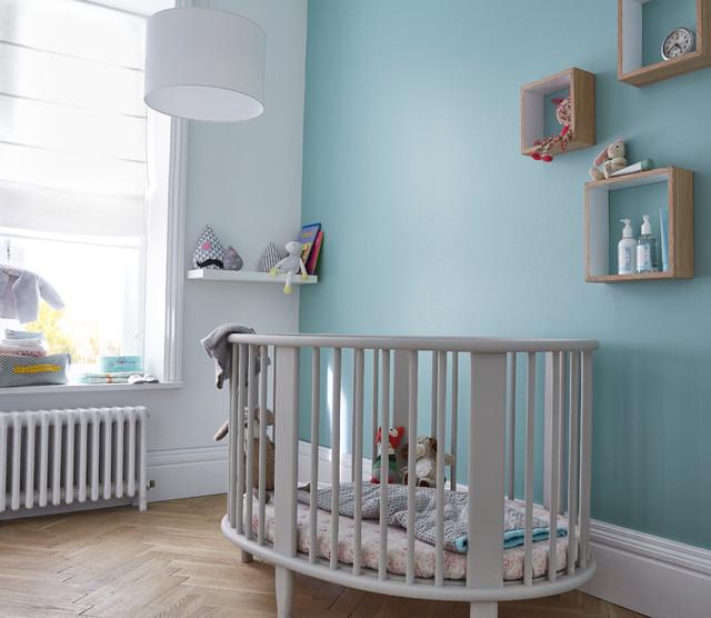 Une chambre de b b aux couleurs apaisantes for Couleur chambre bebe