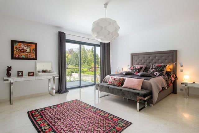 Agencement d coration d 39 une villa clectique chambre for Agencement d une chambre