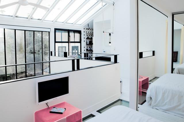 atelier d 39 artiste revisit scandinavian bedroom other metro by miriam gassmann. Black Bedroom Furniture Sets. Home Design Ideas