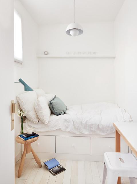 Bellechasse 2 - Scandinavian - Bedroom - Paris - by A+B KASHA Designs