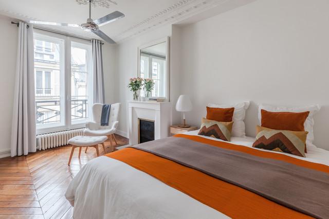 blanche classique chic chambre paris par agence frederic flanquart. Black Bedroom Furniture Sets. Home Design Ideas