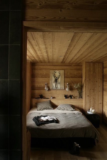 chalet creytoral contemporary bedroom lyon by caf de balme. Black Bedroom Furniture Sets. Home Design Ideas